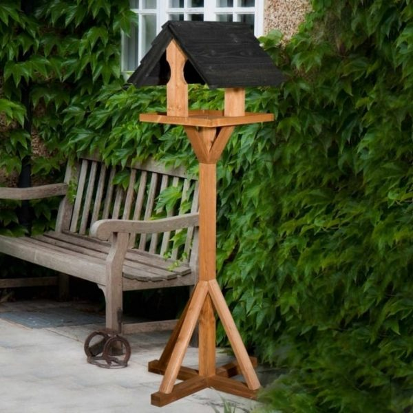 THC Sarre Bird Table Available in 2 colours