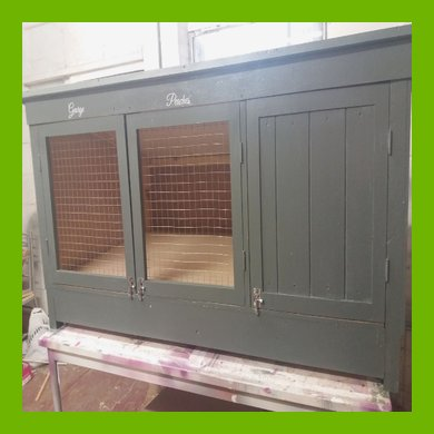 8 FT X 3 FT HIGH X 3 FT DEEP SINGLE LARGE RABBIT HUTCH