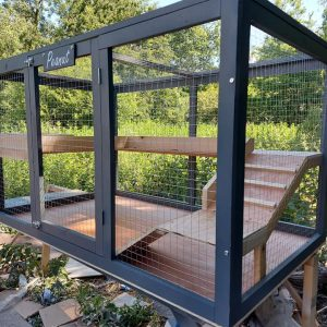 LUXURY INDOOR OUTDOOR GUINEA PIG OR RABBIT PLAY ENCLOSURE WITH 2 LEVELS