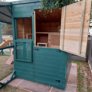 180 CM X 210 CM FREEDOM RABBIT SHED