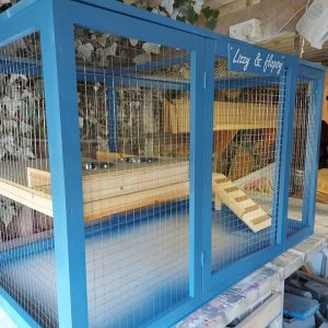 LUXURY INDOOR OUTDOOR GUINEA PIG OR RABBIT ENCLOSURE WITH 2 LEVELS